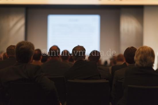 Vortrag - Köpfe von hinten