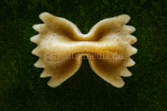 Farfalle Closeup rustikal