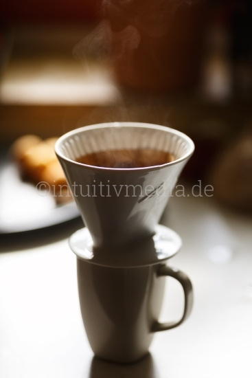 Kaffe Filter mit Tasse