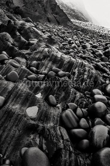 Felsen in Schwarzweiß