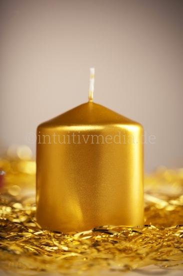 Weihnachtsmotive - goldene Kerze