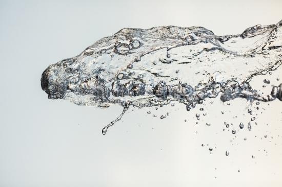 Wasser Spritzer horizontal