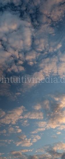 Vertikale Wolken Panorama