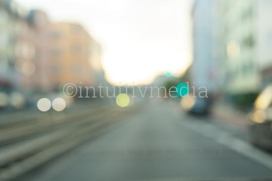 Unscharfe Straße in der Stadt