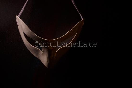 Mysteriöse Maske