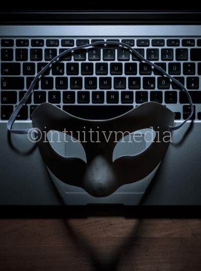 Internet Anonymität Symbolbild
