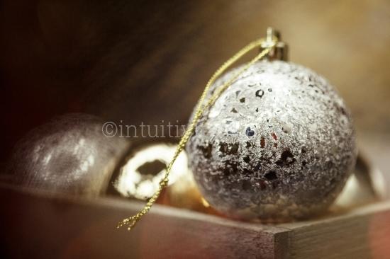 Weihnachtsgestecke - Weihnachtskugeln