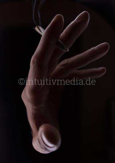 Raucher Hand