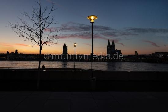 Köln skyline nachts