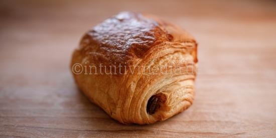 Schoko Croissant - Bäckerei - Closeup